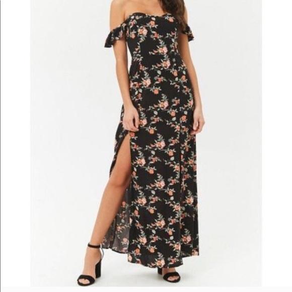 Forever 21 Dresses & Skirts - Floral Maxi Dress *NEVER WORN*